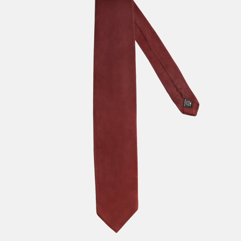 Red Suede tie, Suede necktie handmade in Italy. Front picture. Vitolli Tie Vino Rosso