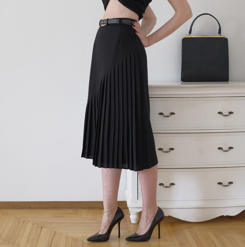 Wendy Pleated Vintage Skirt
