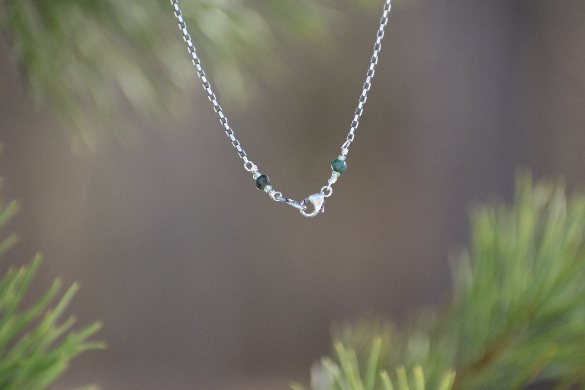 Cedar Necklace with Green Sapphire