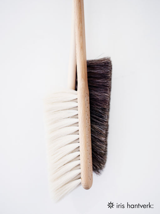Beech Dust Brush, Black
