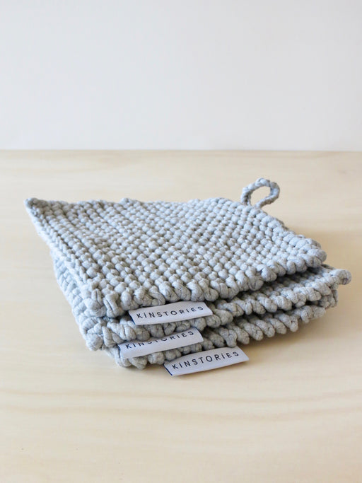 Recycled knit pot-holder, Fog