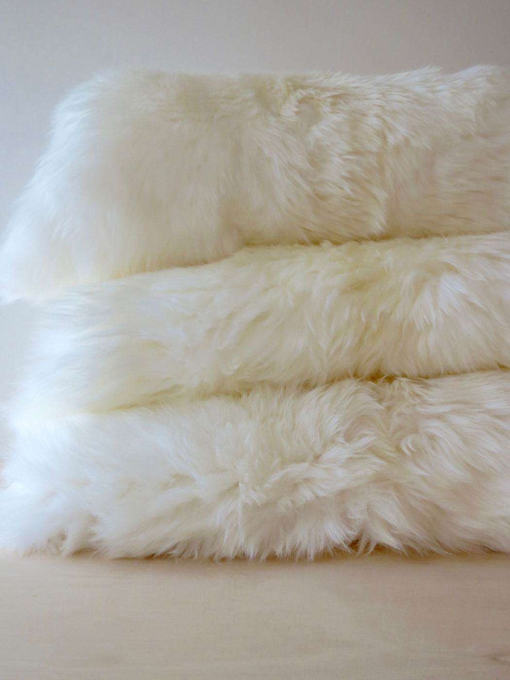 Freida long-haired sheepskin, Ivory