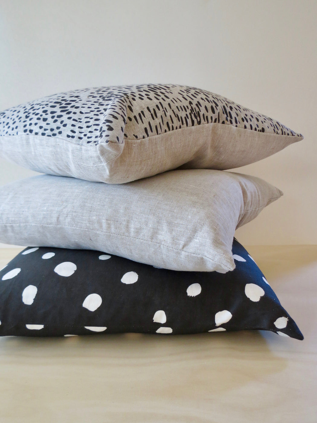 Linen Cushion Cosy Charcoal