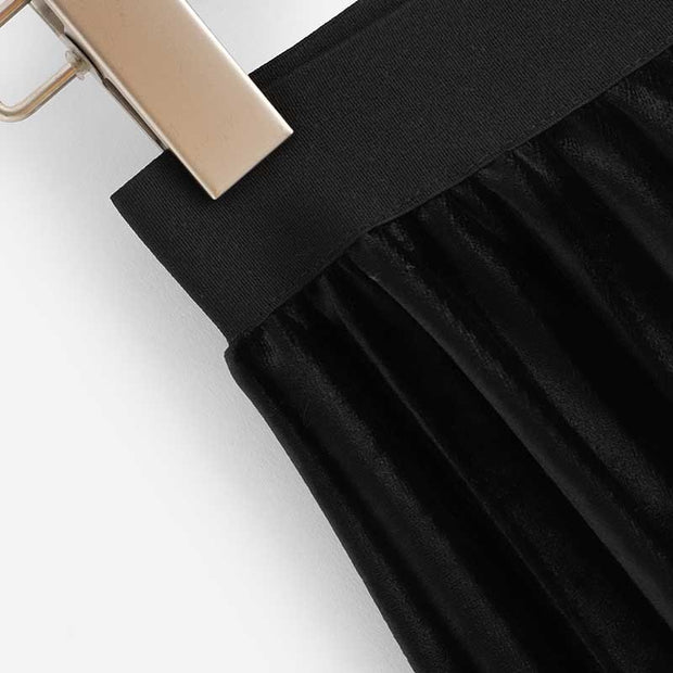 Pleated Two-Tone Half Length Skirt