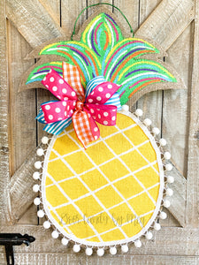 Burlap Pineapple Door Hanger (Small/Multi/Criss Cross)