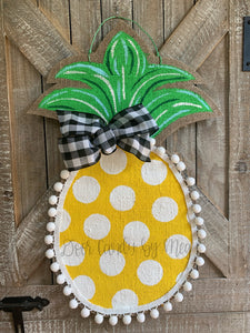 Burlap Pineapple Door Hanger (Small/Yellow/Polka Dot)