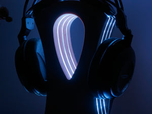 art futuro's Acrylic Headphone Light Stand without the light turned oa