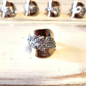 Harlequin goldenrod spoon ring