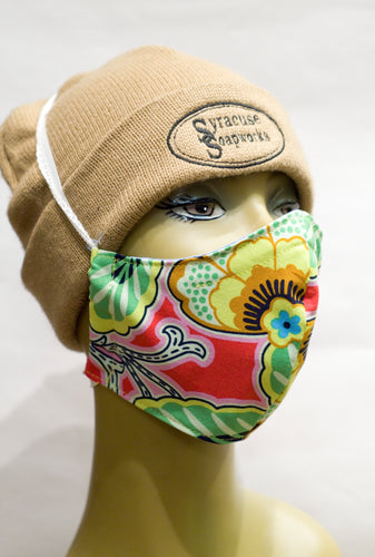 Fitted non-surgical mask, sized for adults.