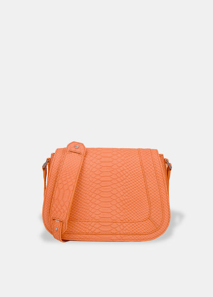 Medium Saddle Bag in Coral