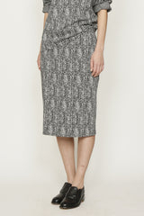 Herringbone Knit Slim Skirt
