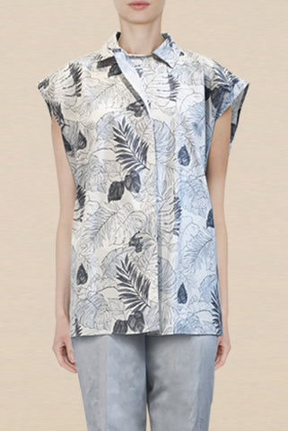 Cotton Blue Leaf Print One-Size-Fits-All Sleeveless Shirt with Overlapping Button Front