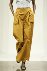 Ginger Cotton-Blend Wide Leg Holster Pocket Pant with Elastic Back Waistband