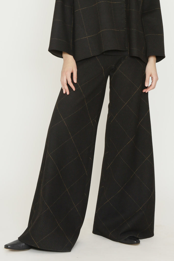Chocolate and Sprice Box Jersey Back Zip Flare Pant