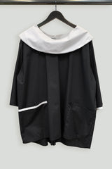 Black and White Paper Cotton One-Size-Fits-All Crescent Collar Top with Contrast Pocket Welt and Cuff