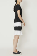Black and White Paper Cotton Opposing Curves Short Sleeve Dress