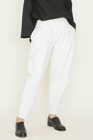 White Denim Fly-Front Crescent Pant with Pockets