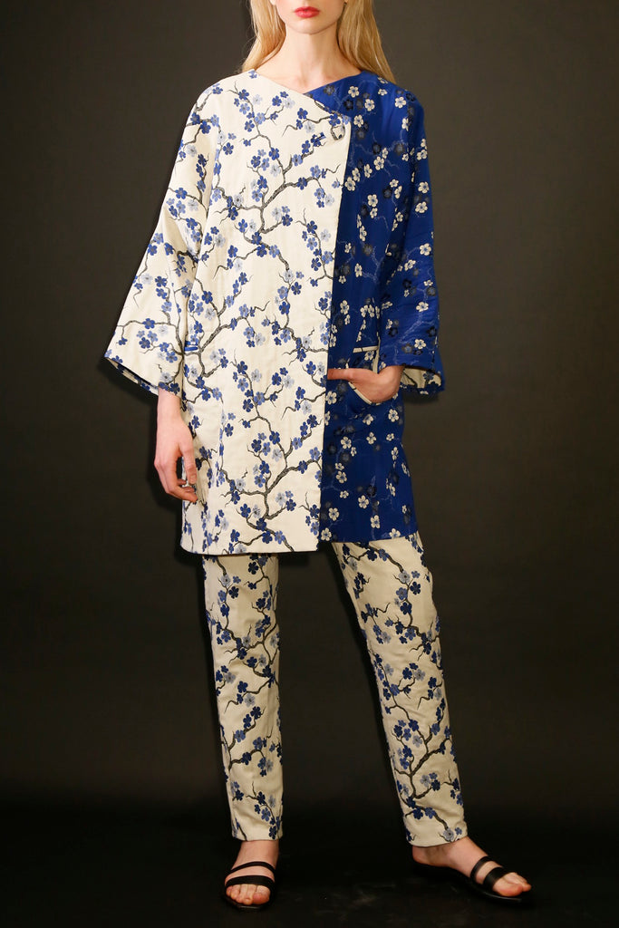 Cherry Blossom Jacquard Two Way Coat with Side Pockets
