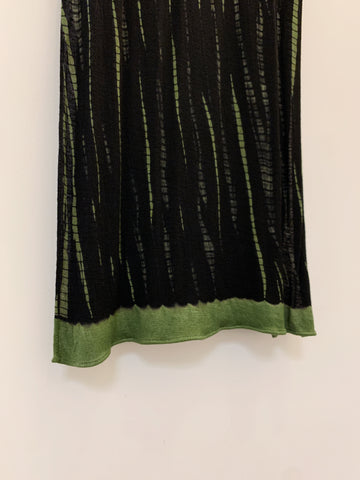 One-of-a-Kind Green and Black Tie-Dye Effect Scarf