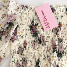 Load image into Gallery viewer, Floral Long Sleeved Top