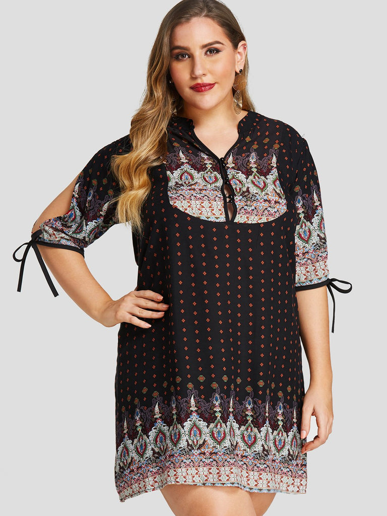 V-Neck Tribal Print Half Sleeve Plus Size Dress