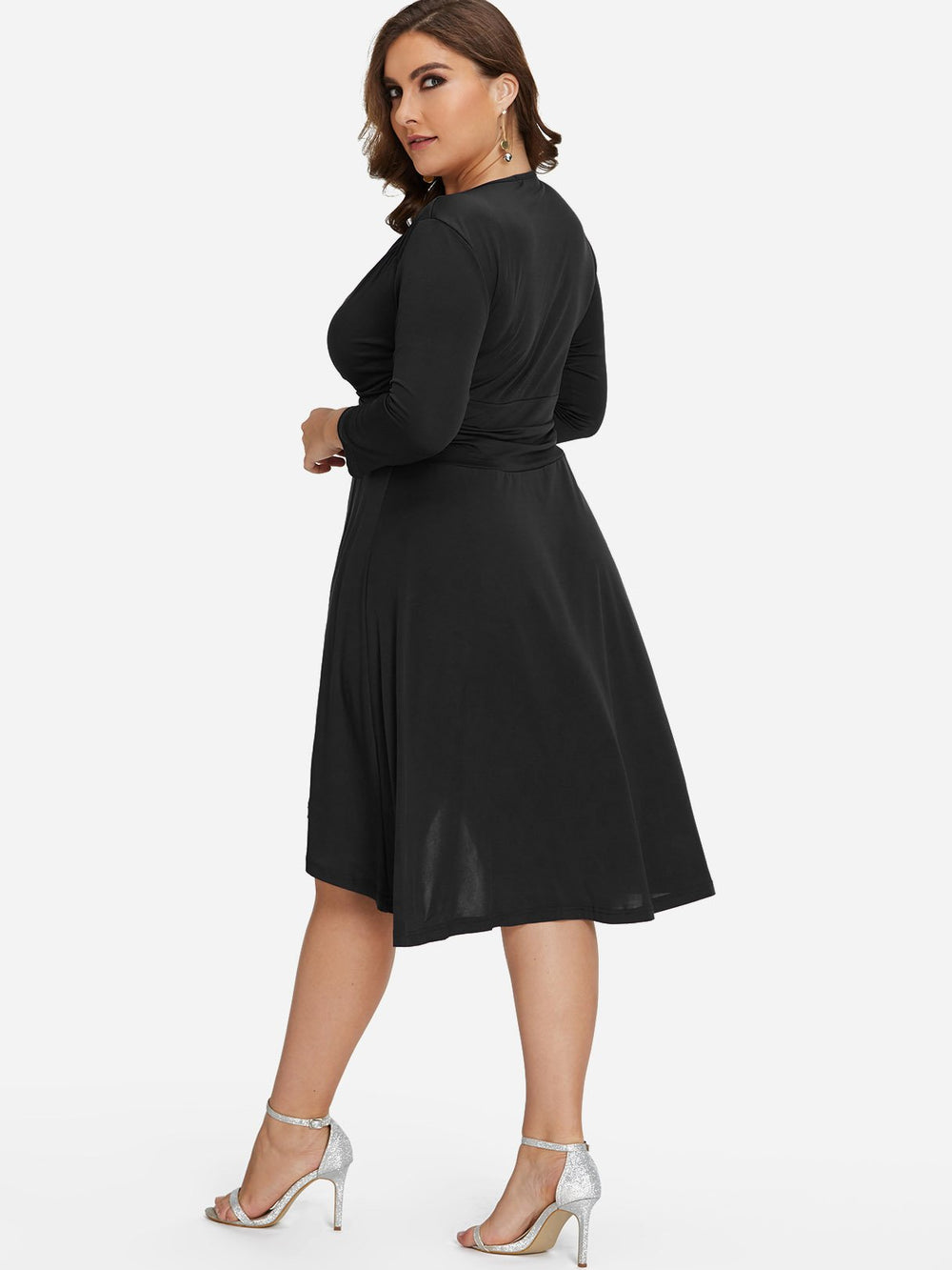 Where To Try On Plus Size Bridesmaid Dresses