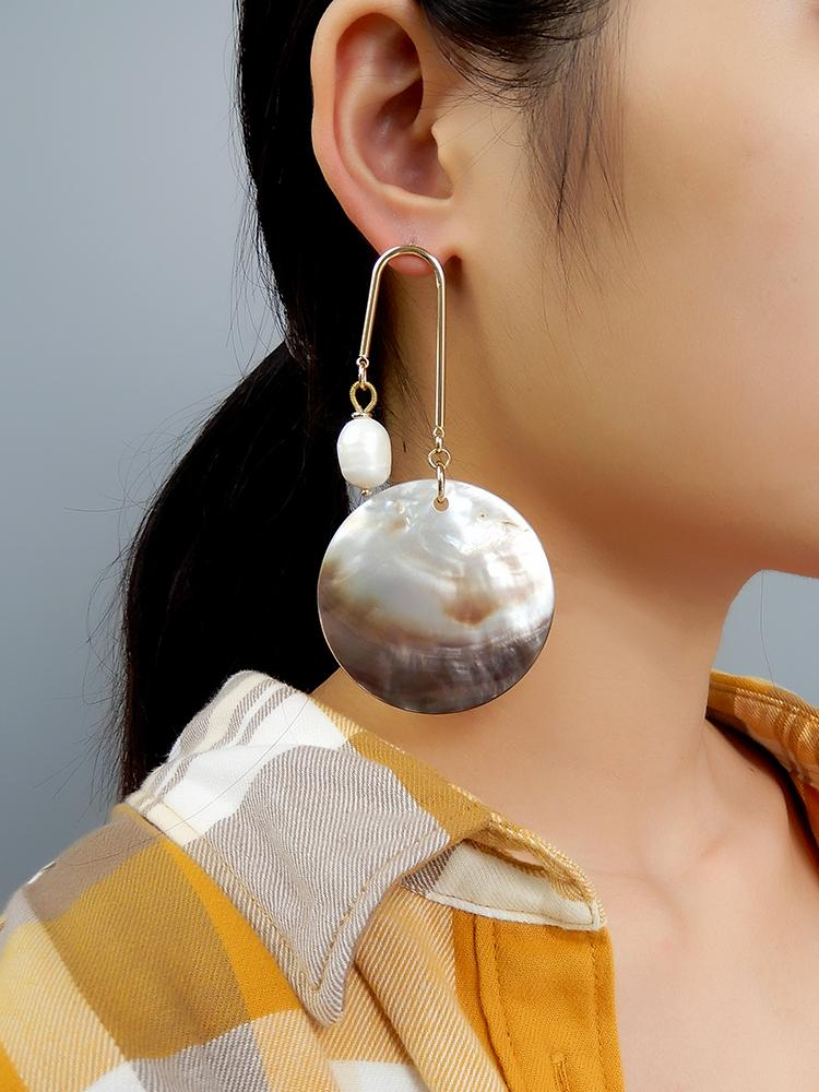 Best Handmade Sea Shell Pearl Asymmetrical Earring