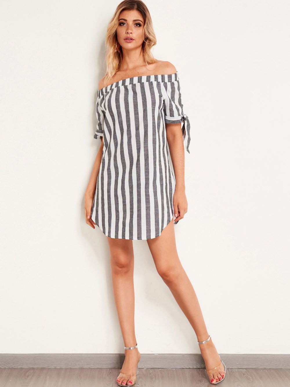 Womens Short Sleeve Mini Dress