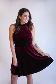 Yuki Velvet Dress - Phoebe Jane