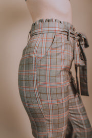 Storia - Belted & Ruffled Waist And Hem Pants In Brown Plaid - Phoebe Jane