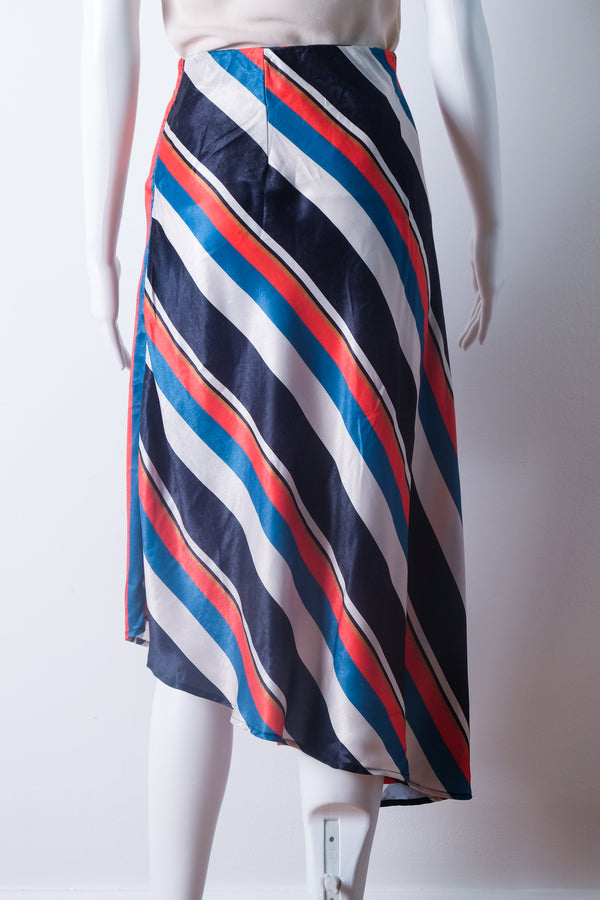 Asymmetrical skirt in multicolor stripes