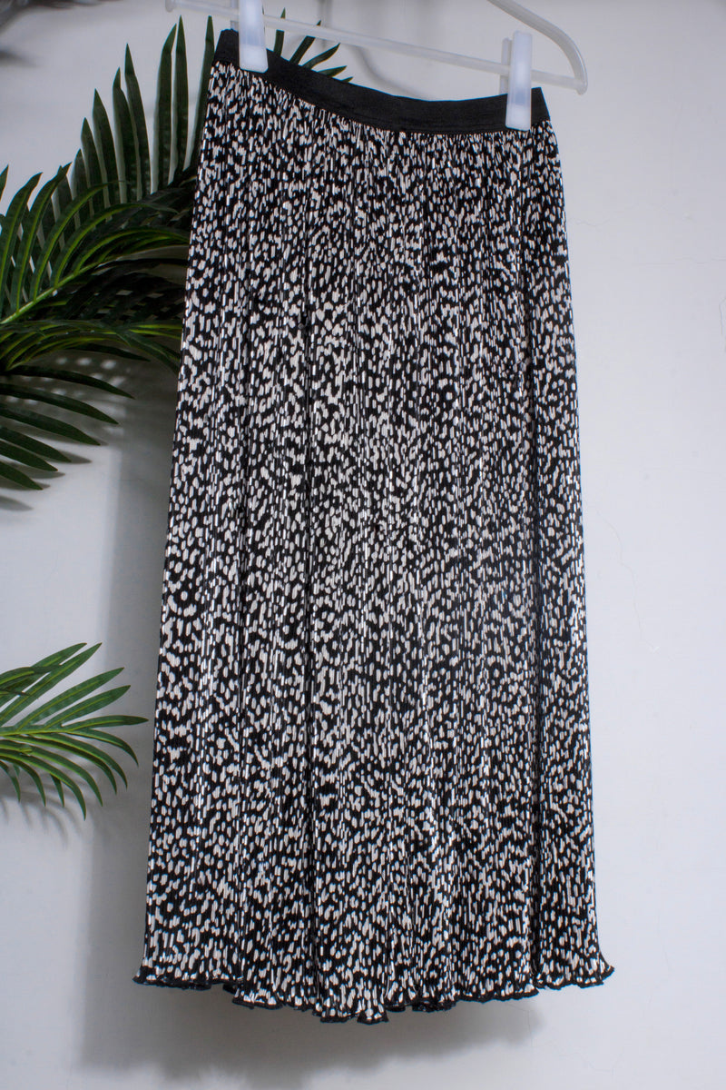 Ingrid skirt in black and white