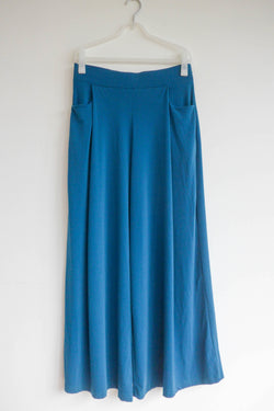 Wide-leg pants in teal