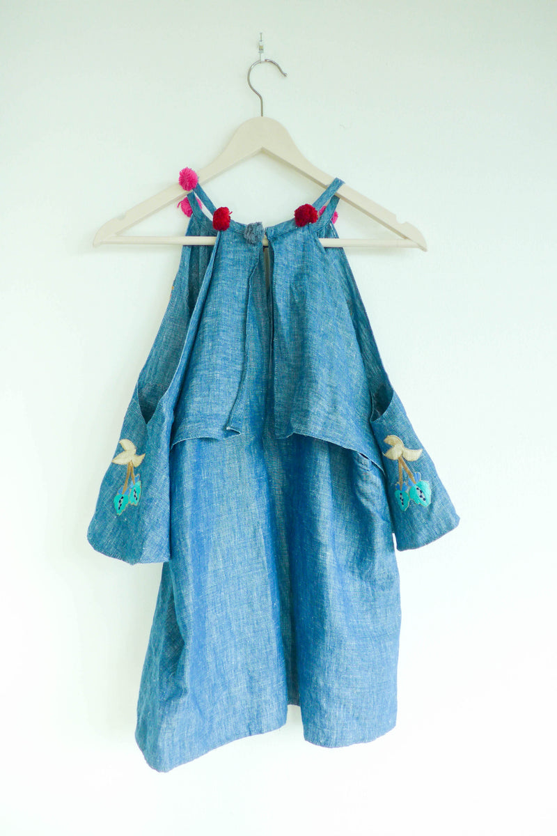 2-Piece Set in Embroidered Chambray