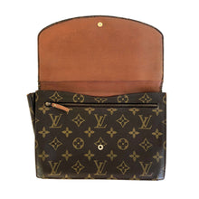 Load image into Gallery viewer, Louis Vuitton Monogram Clutch