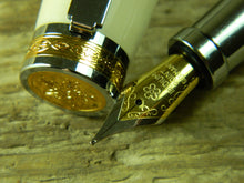 Load image into Gallery viewer, Suffolk King Fountain Pen Cream Acrylic