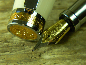 Suffolk King Fountain Pen Cream Acrylic