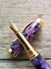Load image into Gallery viewer, Suffolk Regent Fountain Pen Purple Marble