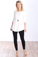 Load image into Gallery viewer, Pearl Three-Quarter Sleeve Tunic Top