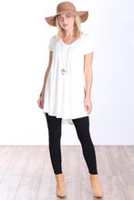 Load image into Gallery viewer, Pearl Short Sleeve Tunic Top