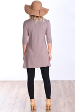 Load image into Gallery viewer, Toffee 3/4 Sleeve Tunic Pocket Top