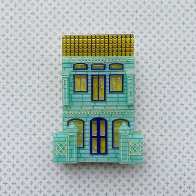 Peranakan Shophouse Brooch in Aqua