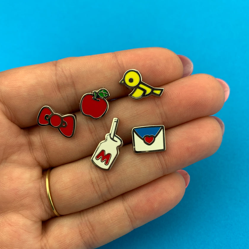 Erstwilder x Hello Kitty 5 Piece Enamel Pin Set