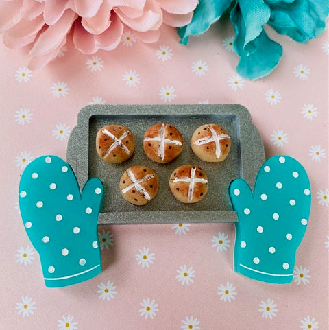 *Collaboration Piece* Hot Cross Buns by Poly Paige *Pre order for 1 March*