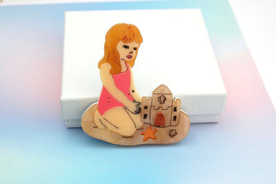 BekBek Makes Little Girl building Sandcastle Brooch