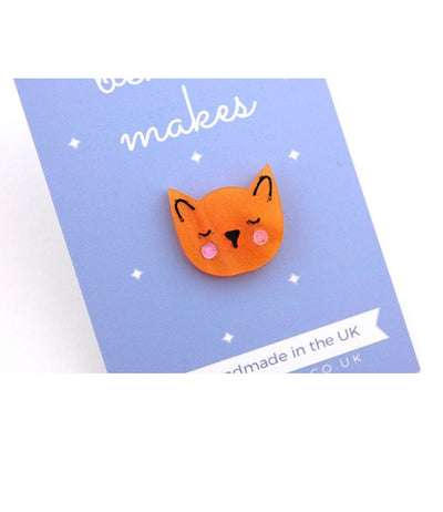BekBek Makes Sleep Kitty Ginger Pin