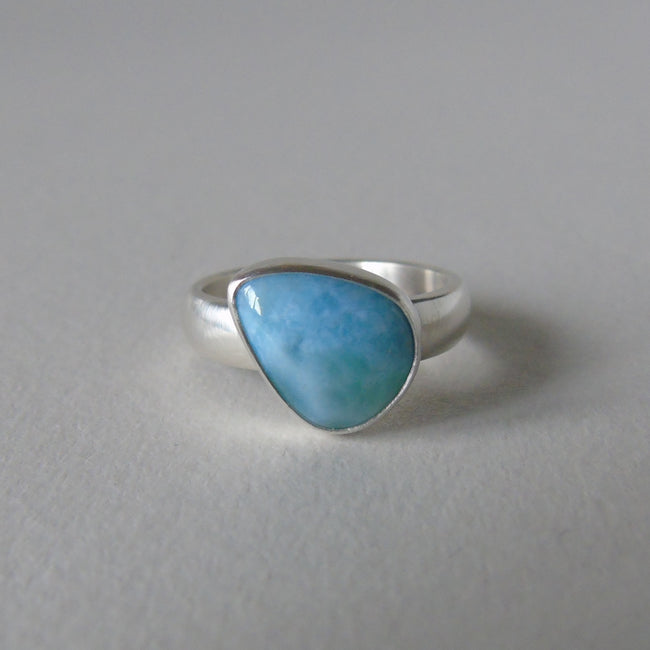 silver ring with freeform larimar