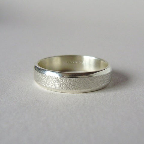 silver hand-forged 5mm leaf texture ring