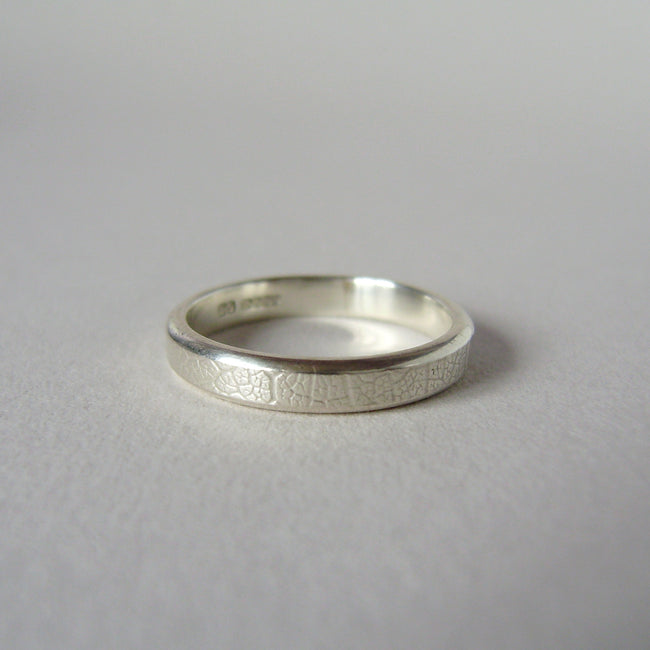 silver hand-forged 3mm leaf texture ring