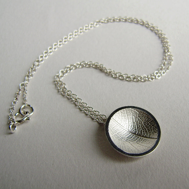 silver concave leaf necklace